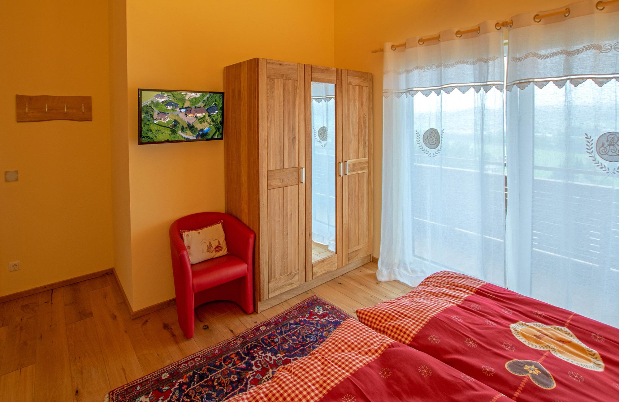 apartment-kaiser-residenz-zi-1-2