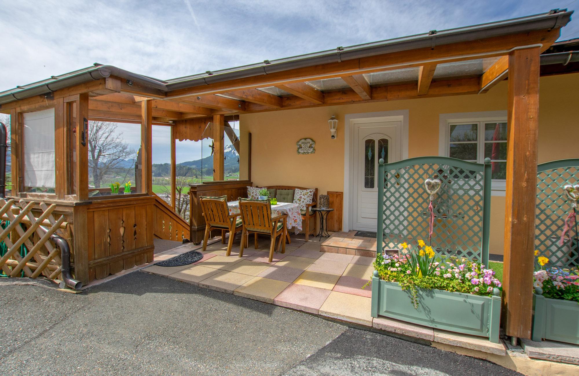 Appartement St. Johann in Tirol mit Panoramablick zum Wilden Kaiser direkt an Skipiste 4